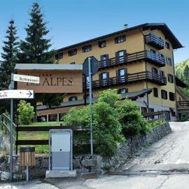 HOTEL DES ALPES - EX ALBERGO MERANO - Serrada (Trento ...
